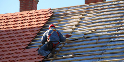 roof repairs Colwall